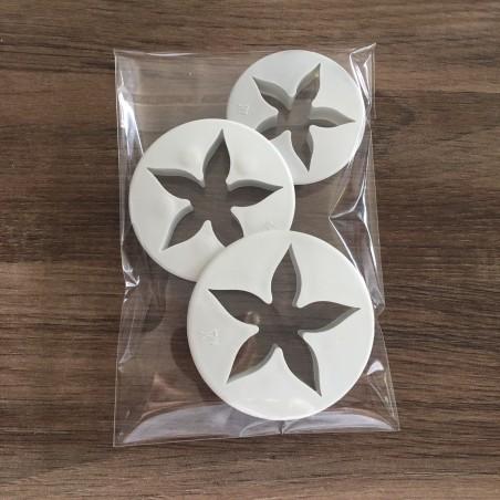 Emportes pièces fleurs étoile